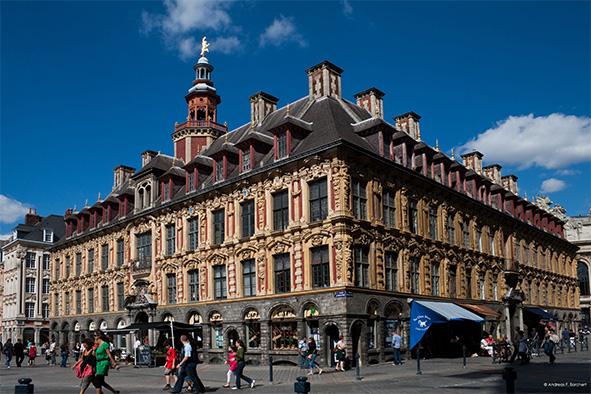 _Lille_Vieille_Bourse_SW_2009_08_29_par_Andreas_F_1.jpg